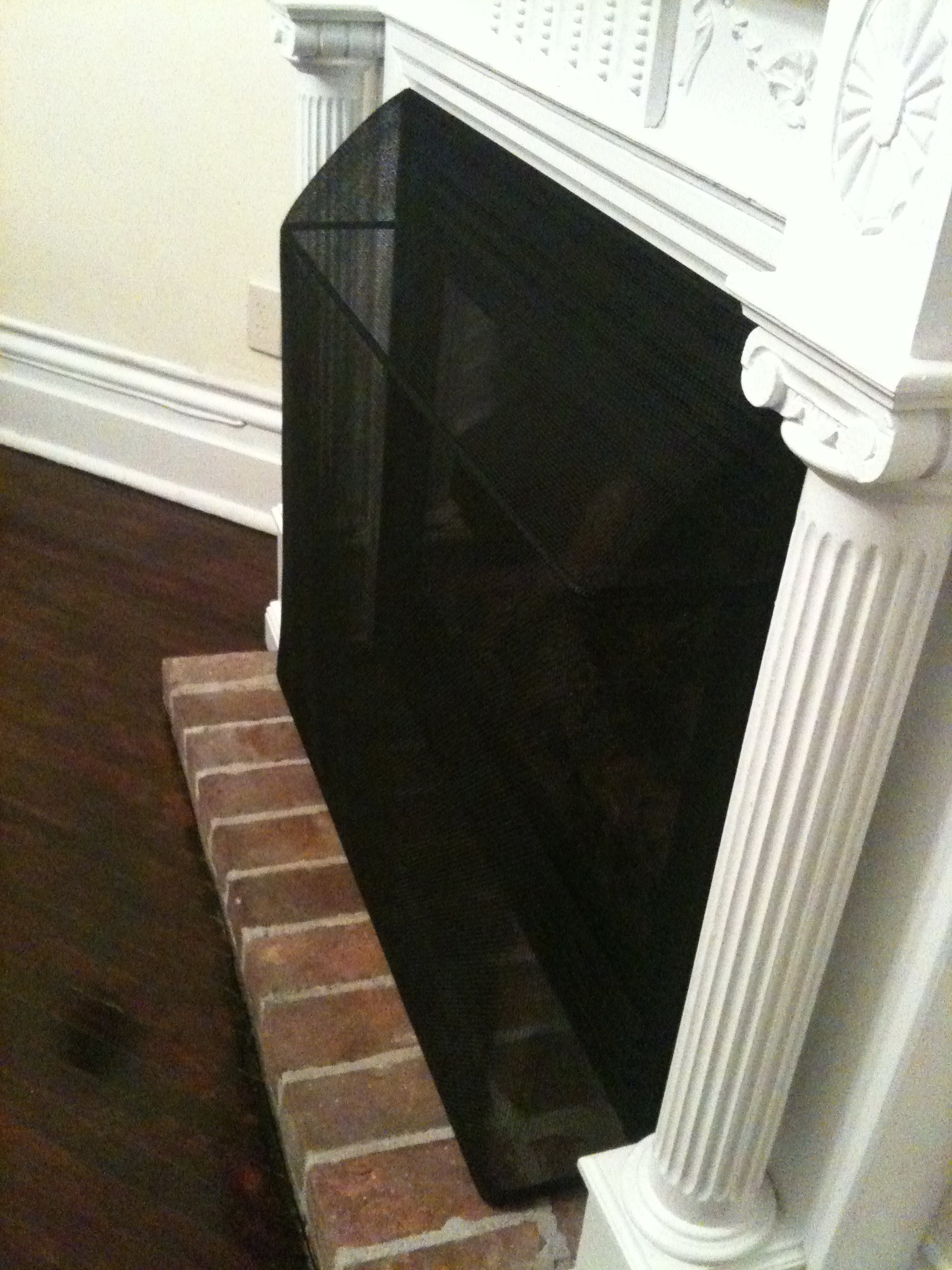 builders custom whiteland screen i fireplace in